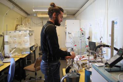 Stéphane, glacio65 dans son labo